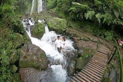 TEMPAT WISATA DI KARANGANYAR, DEMAK DAN GROBOGAN - Tempat Wisata Terbaik Di Indonesia