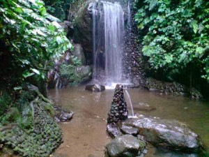 Taman rekreasi Curug Cidomba