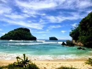 Pantai Goa China Malang