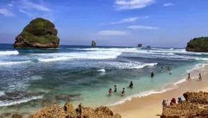 Pantai Guo Cino Malang