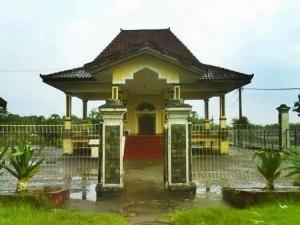 Makam Putri Ayu Sekar Dadu Sidoarjo