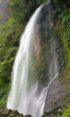 Air terjun Cibeureum Gunung Gede 2