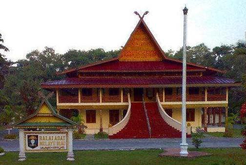 Balai Adat Riau