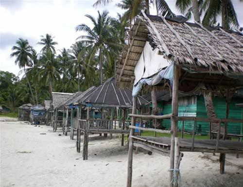 Pantai trikora tanjung pinang bintan
