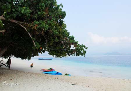 Pulau Kelagian Lampung