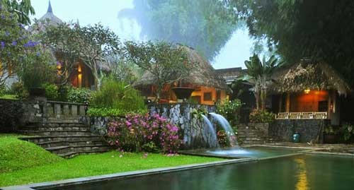 Kampung Sampireun Jawa Barat
