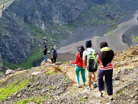 mendaki bukit kaba