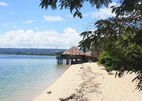 Danau Poso Keindahan Keseruannya Tempat Wisata Terbaik Di Indonesia