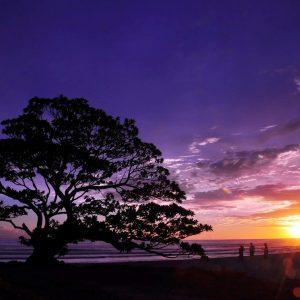 Sunset dan Sunrise Pantai Pak Tunggal